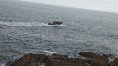 Photo of إنقاذ 22 مهاجراُ مغربياً كانوا على متن قارب على وشك الغرق قبالة مليلية المحتلة