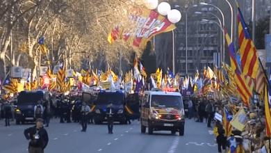 Photo of الأولى من نوعها .. العاصمة الإسبانية تشهد مظاهرة ضخمة لدعاة استقلال كاتالونيا