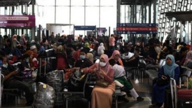 Photo of عشرات المواطنين من أفراد الجالية العالقين يغادرون المغرب ضمن رحلة جوية الى هولندا