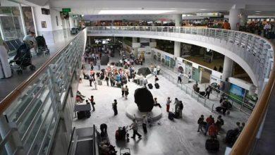 Photo of إلزام 14 مسافر بالحجر الصحي بعد تأكيد إصابة رجل بكورونا على متن طائرة غادرت مدريد