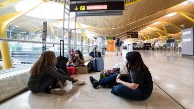 Photo of الحكومة الإسبانية تقرر تمديد حظر الطيران حتى 15 يونيو والسماح بفتح خمسة مطارات فقط