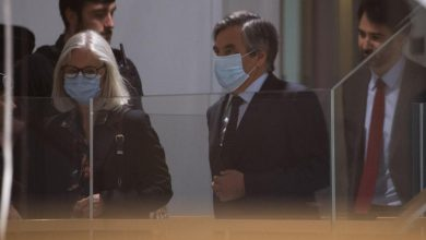Photo of الحكم على رئيس الوزراء الفرنسي فرانسوا فيون ب 5 سنوات سجنا